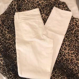 Banana Republic White Skinny Jean 29L